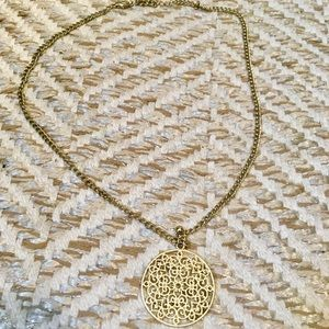 💛Lucky Brand Gold Woven Circle Necklace💛